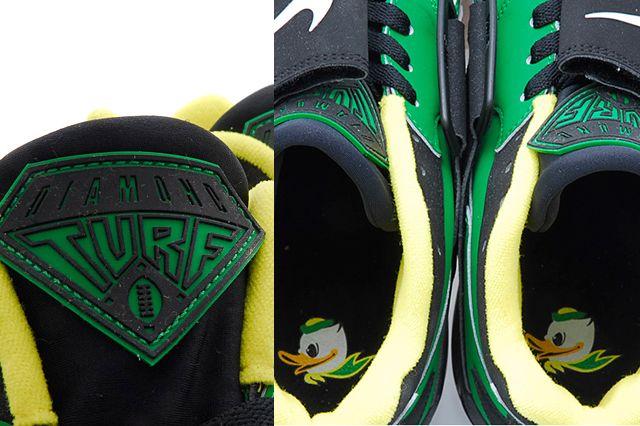 Nike Air Diamond Turf Oregon Ducks