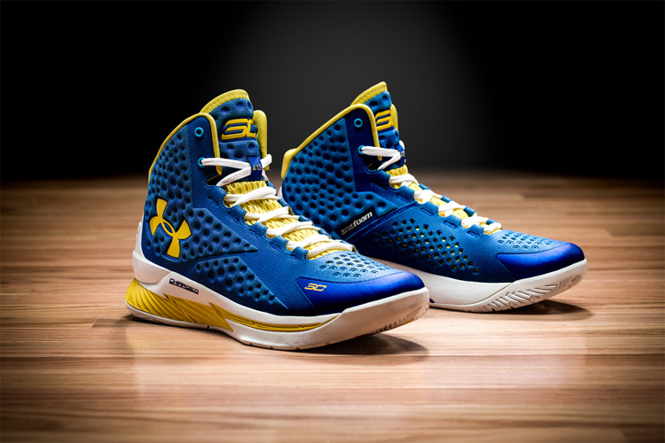 Under Armour Curry 1 hero