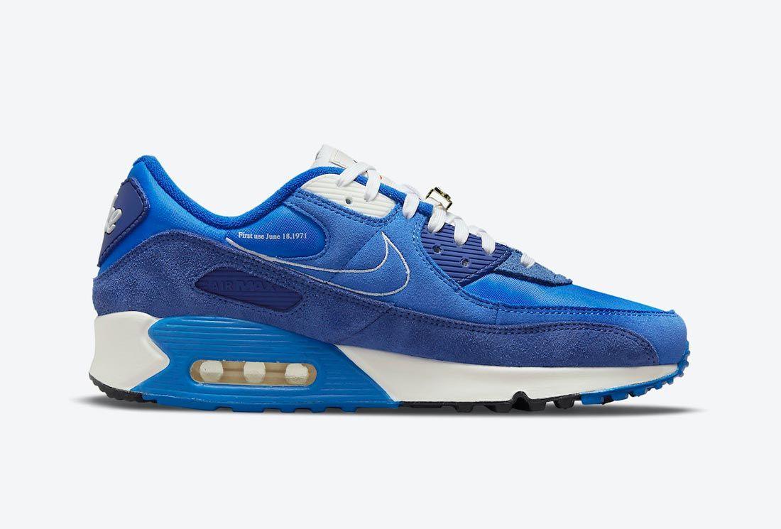 Nike Air Max 90 'Signal Blue'