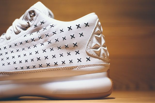 Nike Kobe 10 Ext White Gum Gold 2