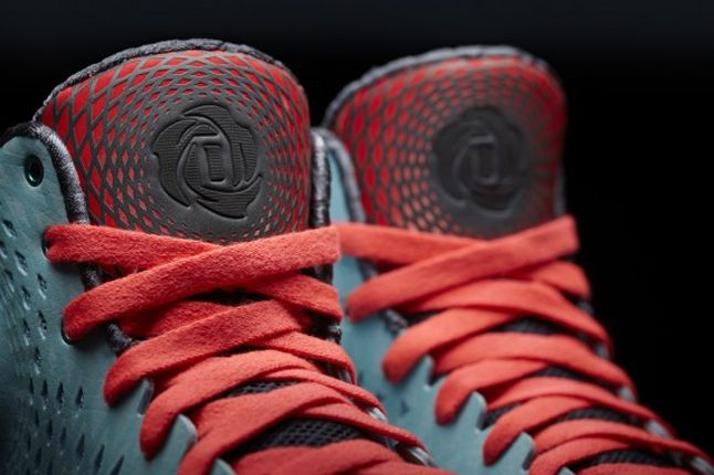 Adidas D Rose 3 Chi Town Tongue Stamp 1