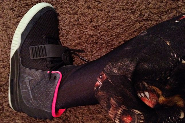 Nike Air Yeezy 2 Black Pink 02 2