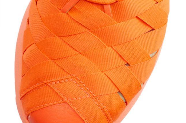 Nike Roshe Run Woven Total Crimson Side Detail 1