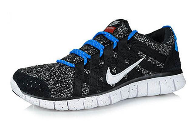 Nike Free Powerlines Quickstrike Quater Front 1