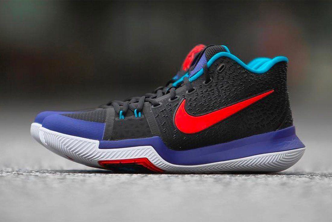 Nike Kyrie 3 Kyrache Light 11