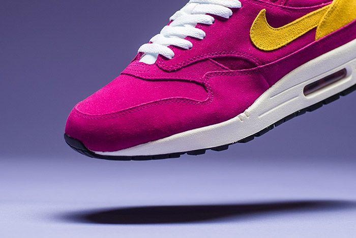 Nike Air Max 1 Premium Dynamic Berry 8