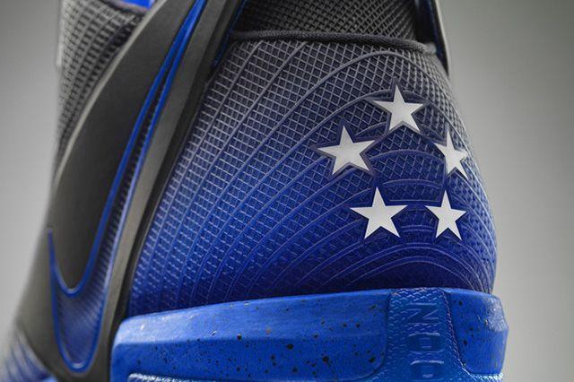 Nike Zoom Field General 17