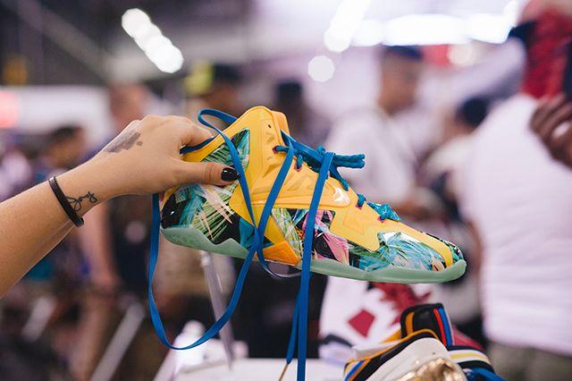 Sneaker Con 36