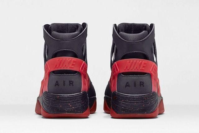 Nike Air Huarache Flight Black Challenge Red 8