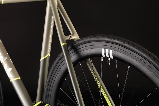 Bombtrack Adidas Track Bike 4