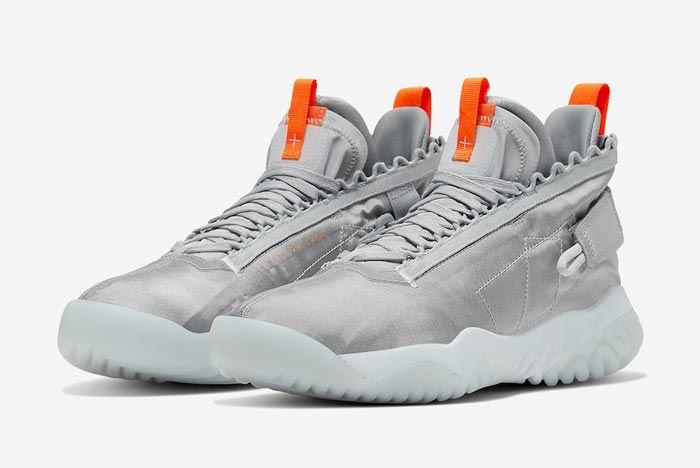 Jordan Proto React Pure Platinum Total Orange Pair
