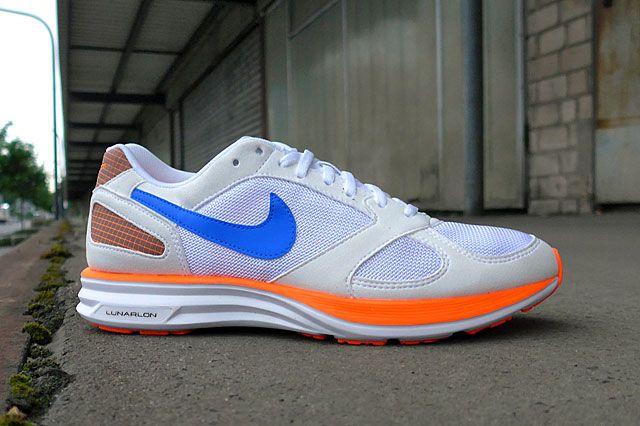 Nike Lunar Speed Mariah Sideview