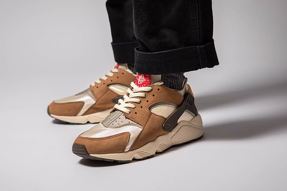 Stussy Nike Air Huarache On Foot