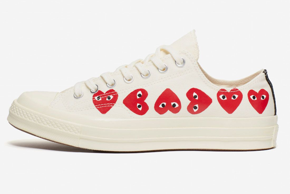 Comme Des Garcons Converse Chuck 70 Low White Hearts Lateral