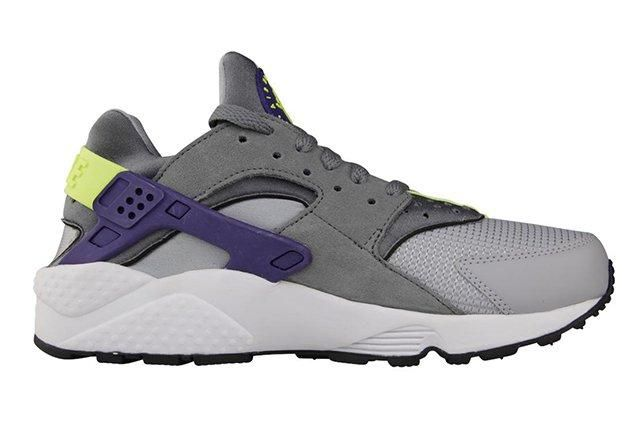 Nike Air Huarache Wolf Grey Purple 1