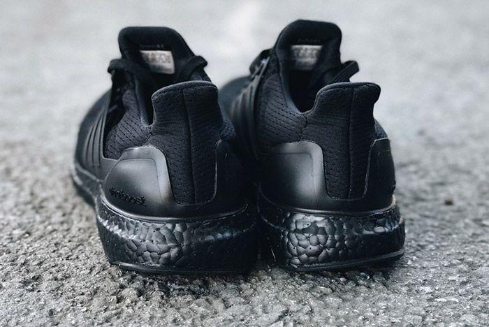 Adidas Ultra Boost Triple Black 4