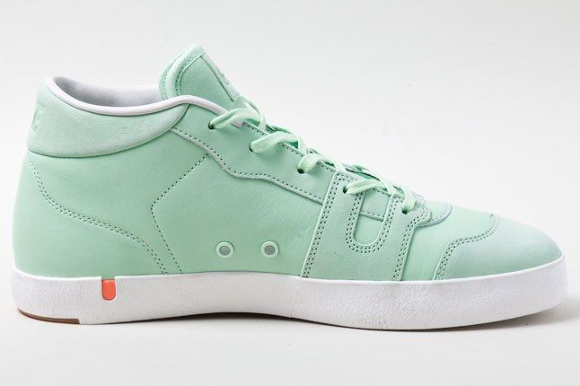 Nike Manor Fresh Mint 2 1