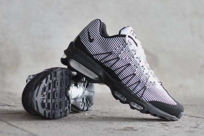 Nike Air Max 95 Ultra Jacquard Pinstripe Black White 2