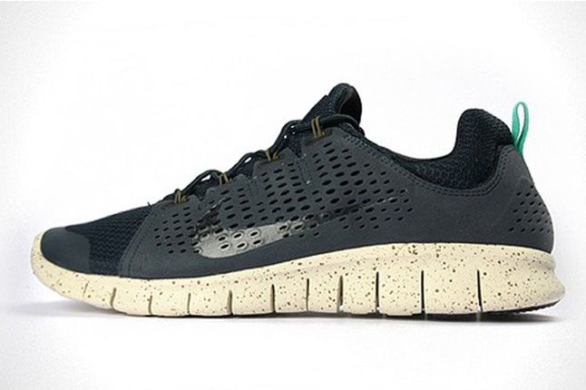 Nike Free Powerlines Ii Side Profiles 1