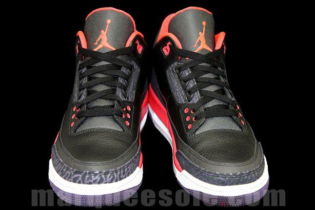 Air Jordan 3 Bright Crimsom Heel Details Front 1