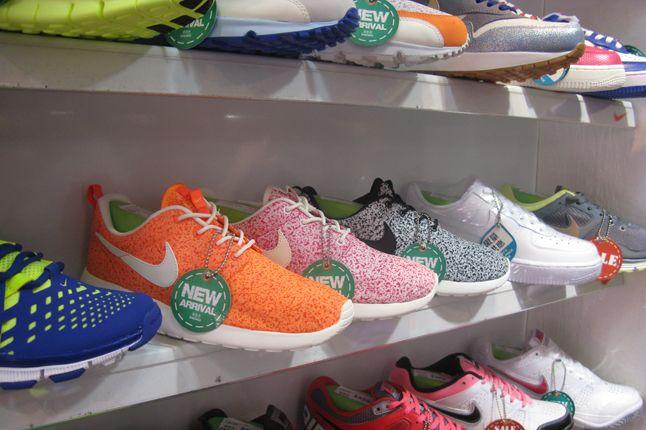 Sneaker Street 15 1