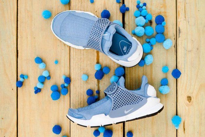 Nike Sock Dart Wmns Work Blue Wht 1