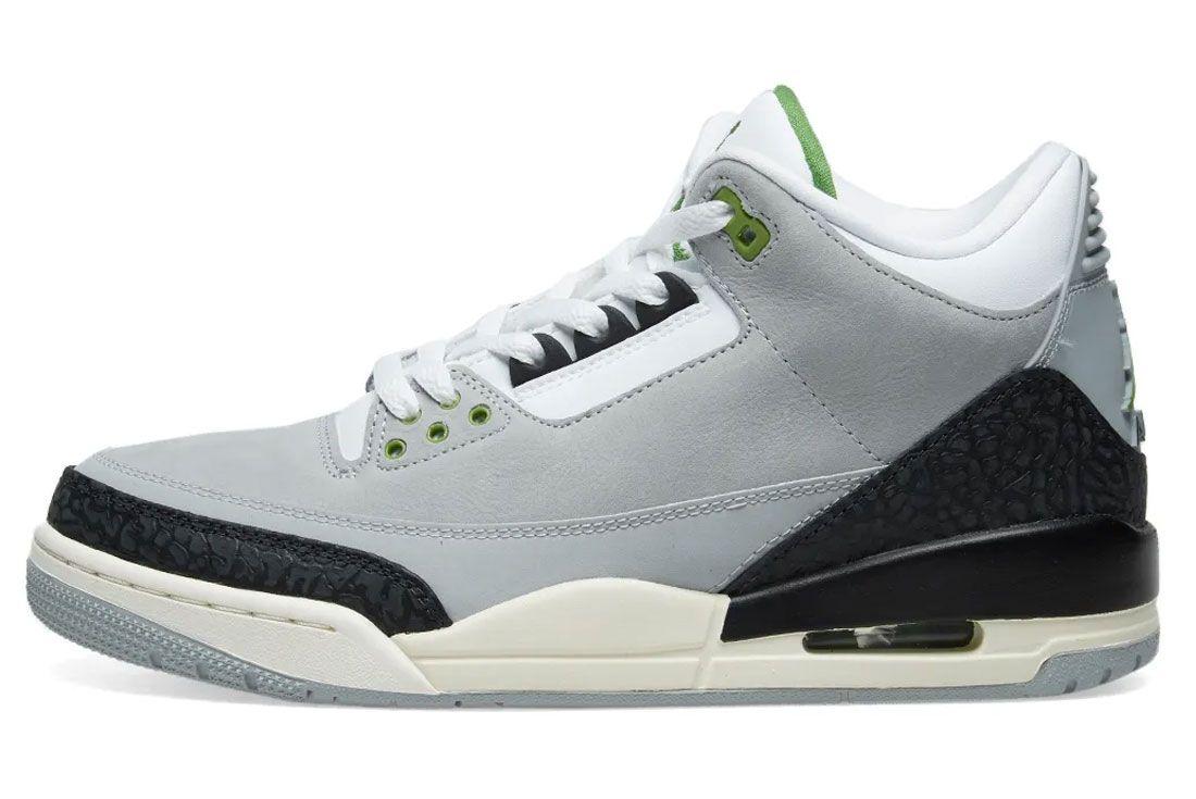 Air Jordan 3 Chlorophyll Side Shot