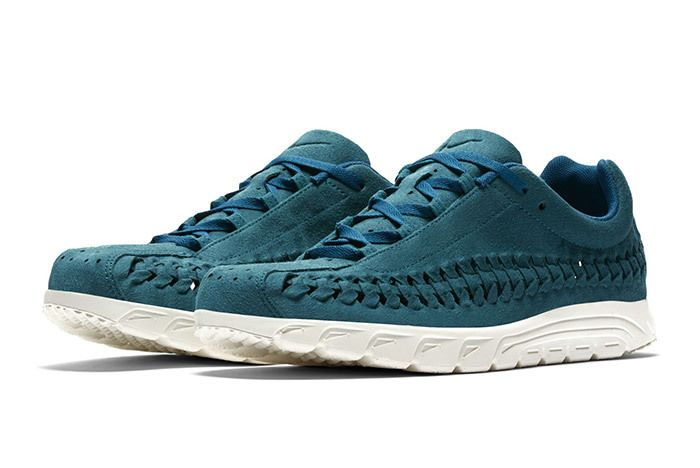 Nike Mayfly Woven Blue 3