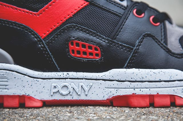 Pony M 100 Hi Black Red