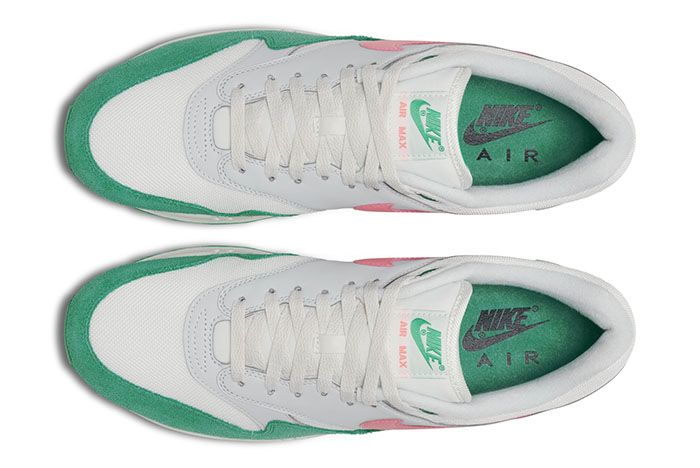 Nike Am1 Spring 2