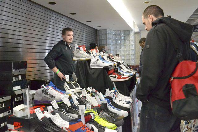 Bucks Sneaker Summit 36