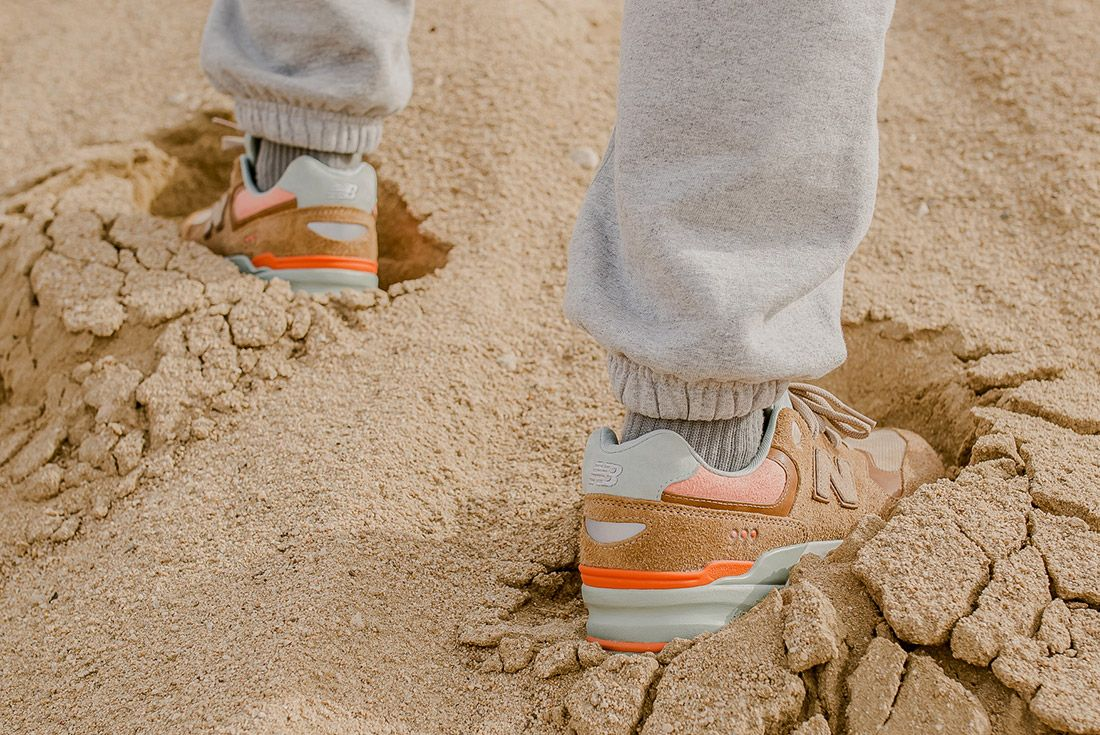 Packer Shoes New Balance 999 Tan 4