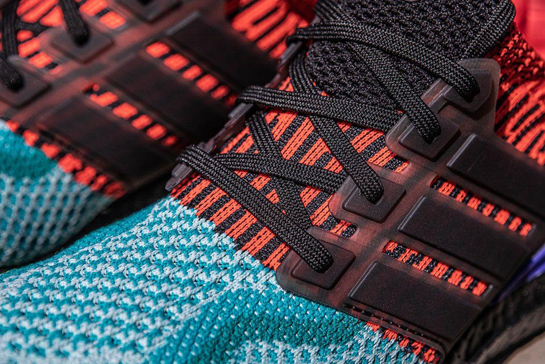 adidas UltraBOOST DNA Legacy EG5923