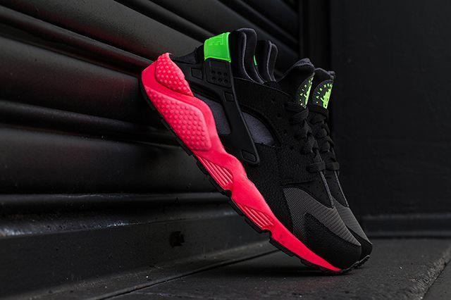 Nike Air Huarache Hyper Punch 3