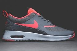 Nike Air Thea Hyperpunch Thumb