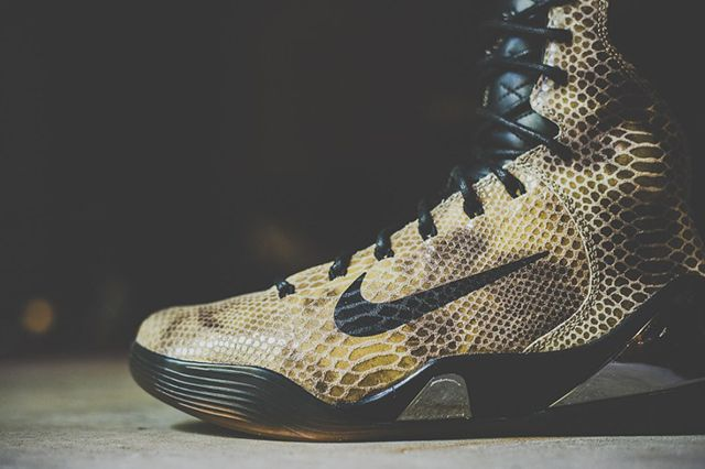 A Closer Look At The Nike Kobe Ix High Ext Qs Snakeskin 12