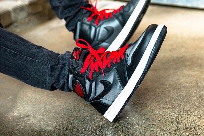 Air Jordan 1 Black Satin On Foot3