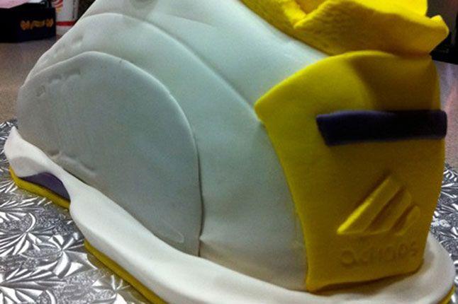 Sneaker Freaker Sneaker Cakes Adidas The Kobe 02 1