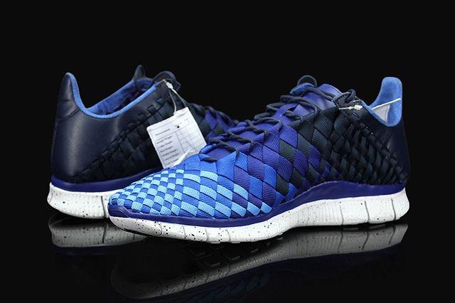 Nike Free Inneva Woven Obsidian Deep Royal Blue 2