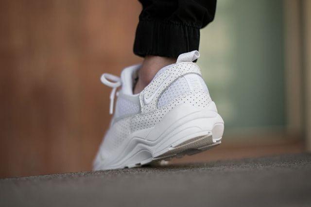 Nike Huarache Light White Perf 1