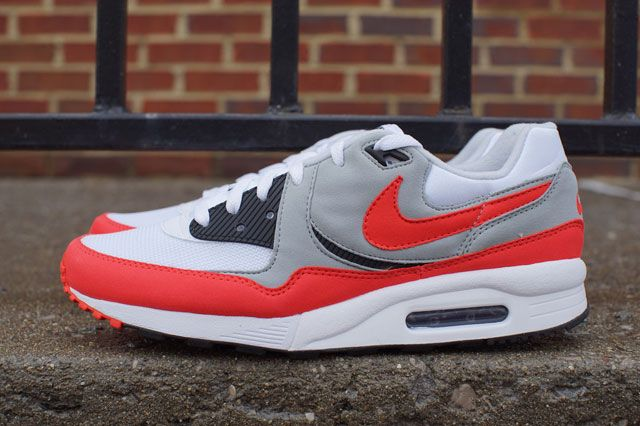 Air Max Light Wht Red Sideview