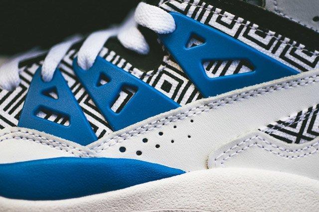Adidas Mutumbo White Blue Black Closeup3