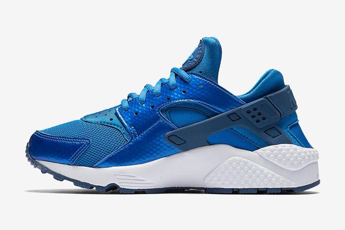 Nike Air Huarache Metallic Blue1