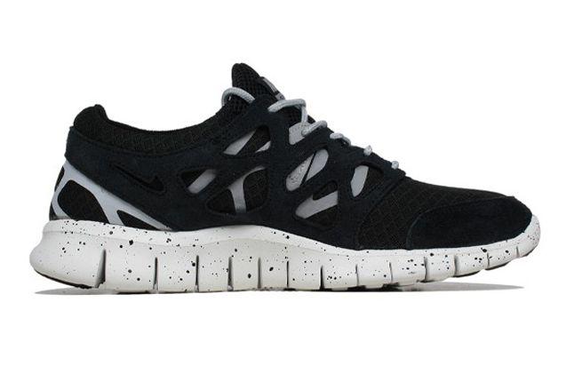 Nike Free Run 2 Wolf Grey Summit White Side 1