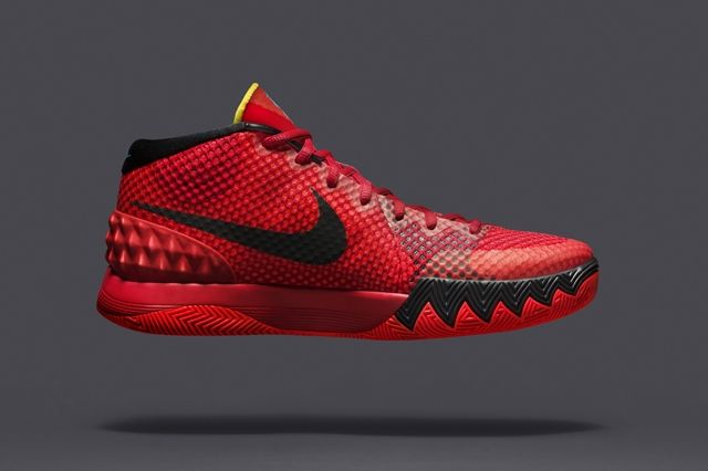Nike Introduces The Kyrie Red Sneak 5