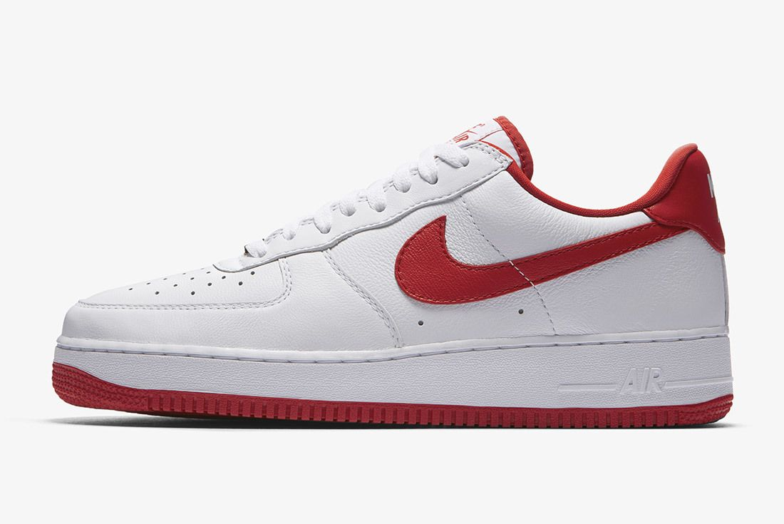 Nike Air Force 1 Playoffs 2018