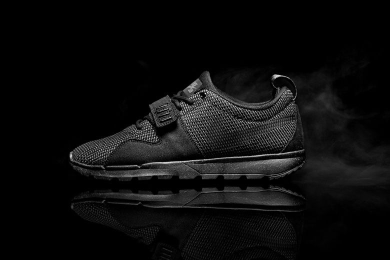 Nike Sb Trainerendor Triple Black 01