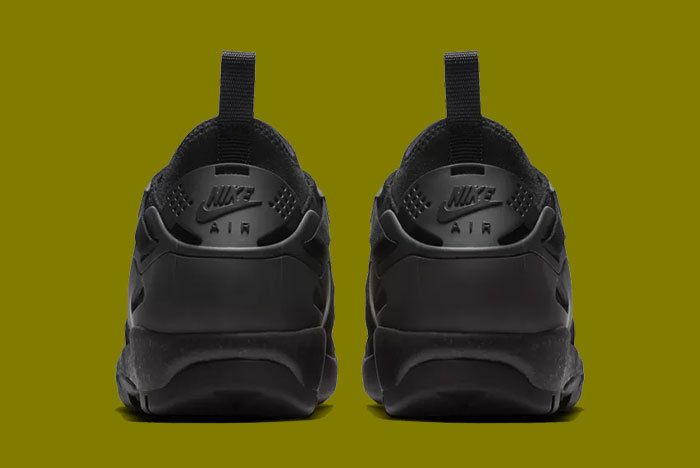 Nike Air Revaderchi Acg Triple Black 5
