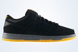 Nike Sb Dunk Low Black University Goldthumb
