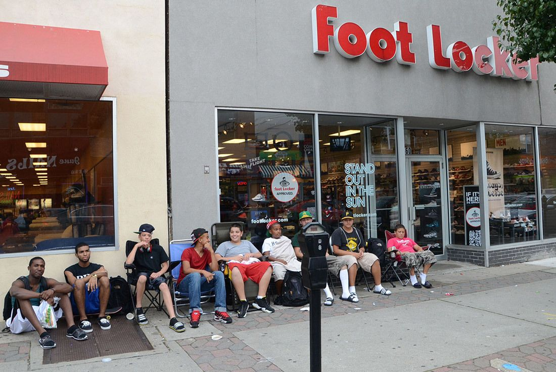 Foot Locker Line